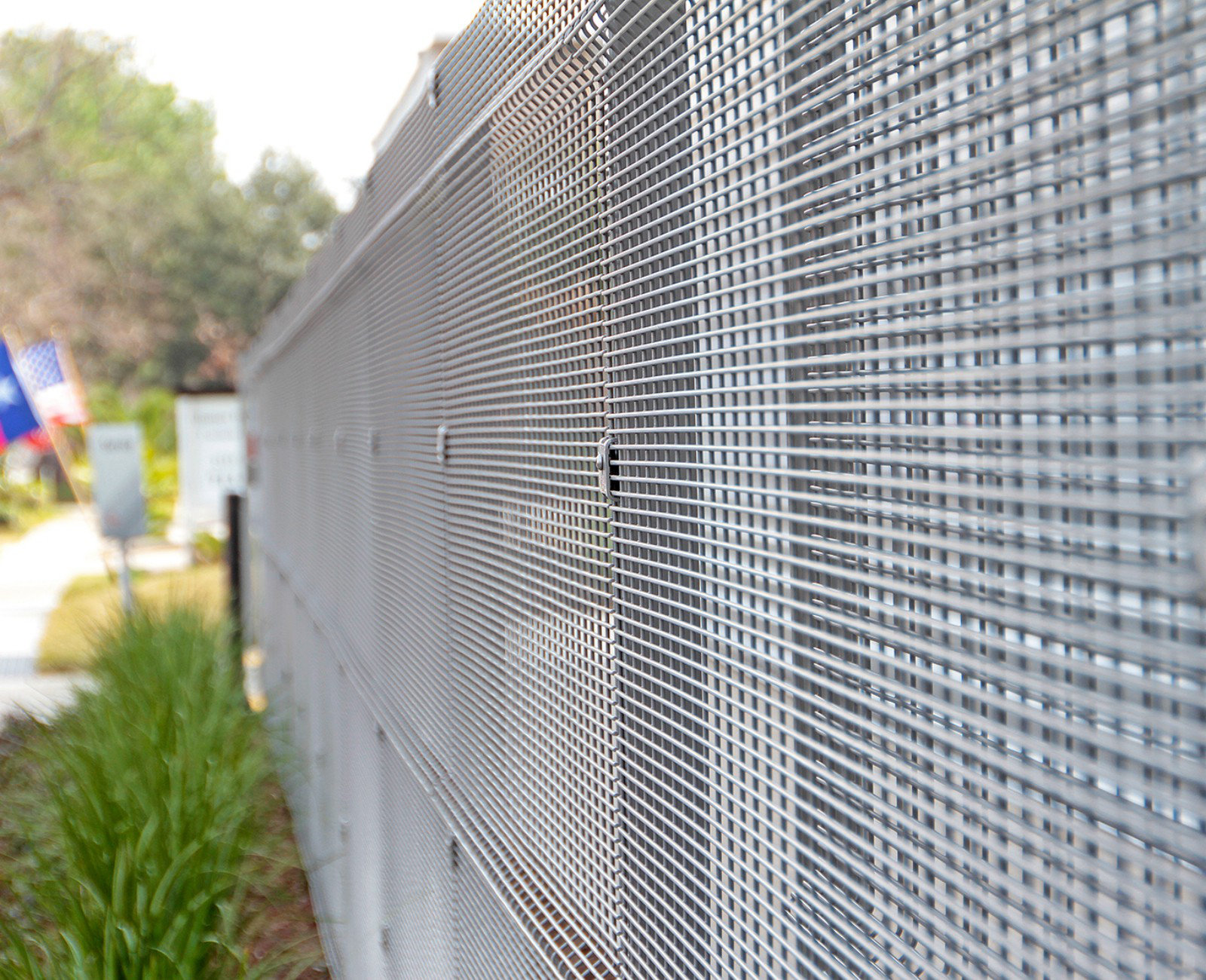 Forte by Deisgnmaster fence is a new alternative to chain link with equal stregnth and more pleasing design.