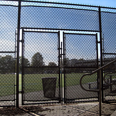 Chain Link Fence Thumbnail 02
